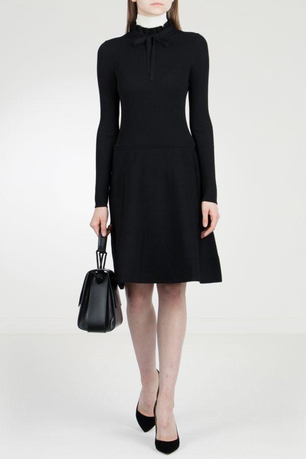 Черное трикотажное платье в рубчик Red Valentino